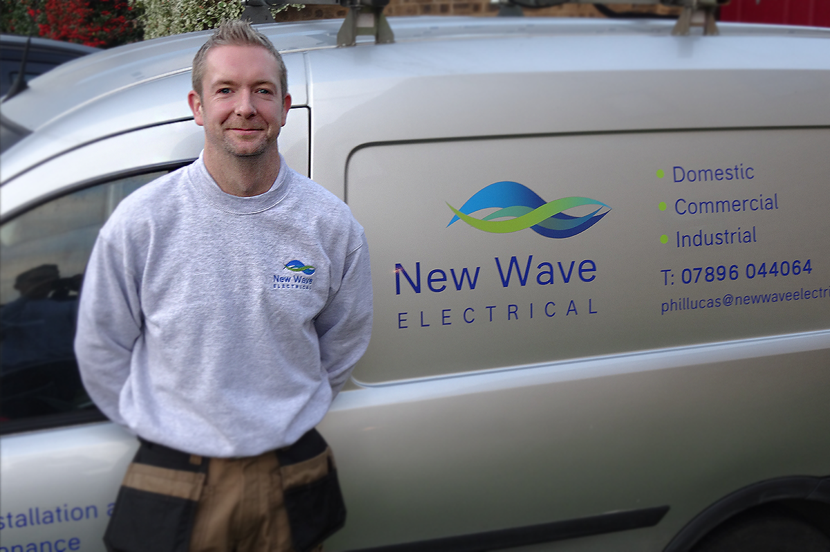 http://www.newwaveelectrical.co.uk/wp-content/uploads/2015/07/staff_james-1200x798.png